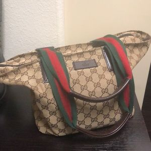 Barely used original Gucci purse